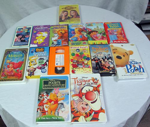 Lot Of 15 Assorted Children VHS Movies- Disney Pixar TV