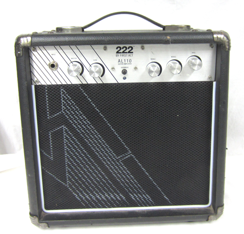 222 by first act al110 compact portable practice guitar amp amplifier 10w ebay. Black Bedroom Furniture Sets. Home Design Ideas